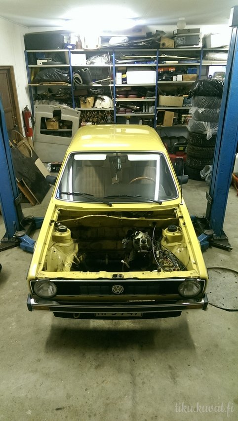 Tiku: VW Mk1 golf 5D _img1280